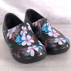 Crocs Neria Pro II Floral Graphic Clogs